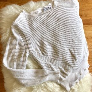 525 America size medium white sweater